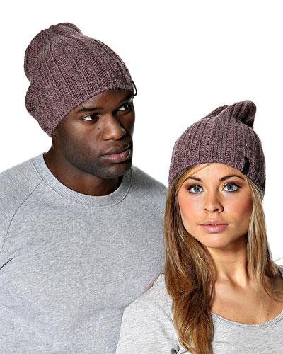 Подиум вязанные шапки